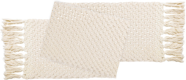 39320 Macrame - Table Runner By Primitives by Kathy