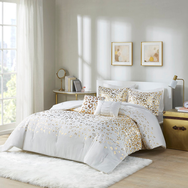 Intelligent Design Lillie 100% Polyester Brushed 5Pcs Metallic Printed Comforter Set - Full/Queen - Ivory/Gold ID10-1867 By Olliix