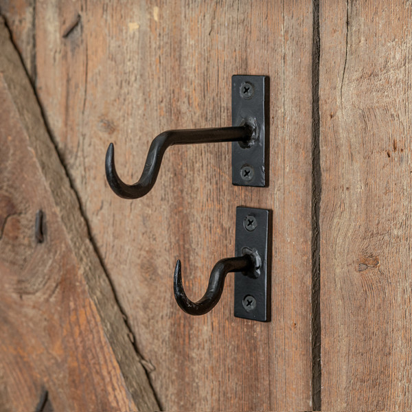 CTW Home Set Of Two Cast Iron Hooks 370430