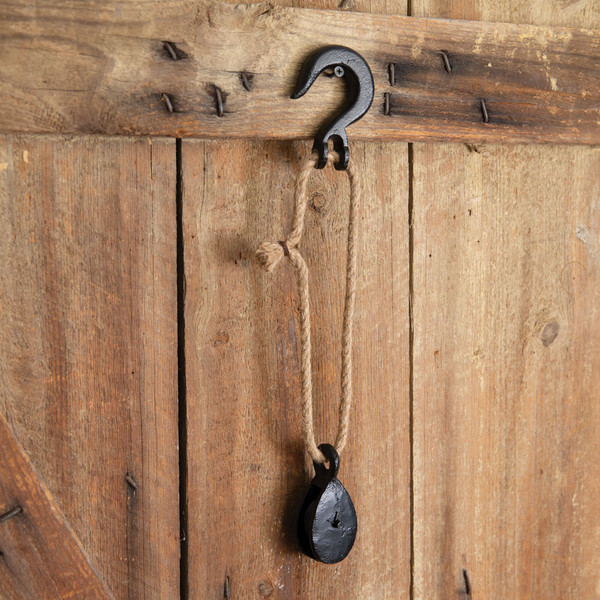 CTW Home Hook With Cast Iron Pulley 370517