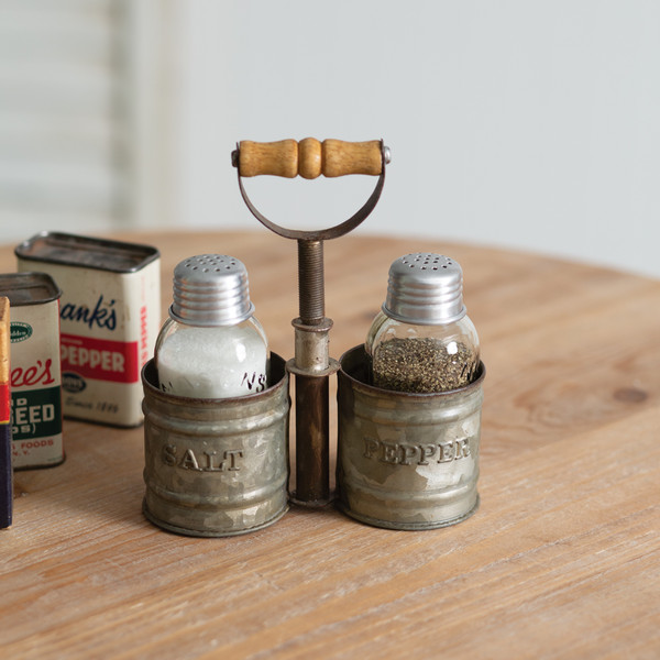 CTW Home Galvanized Salt And Pepper Caddy With Wood Handle 860403