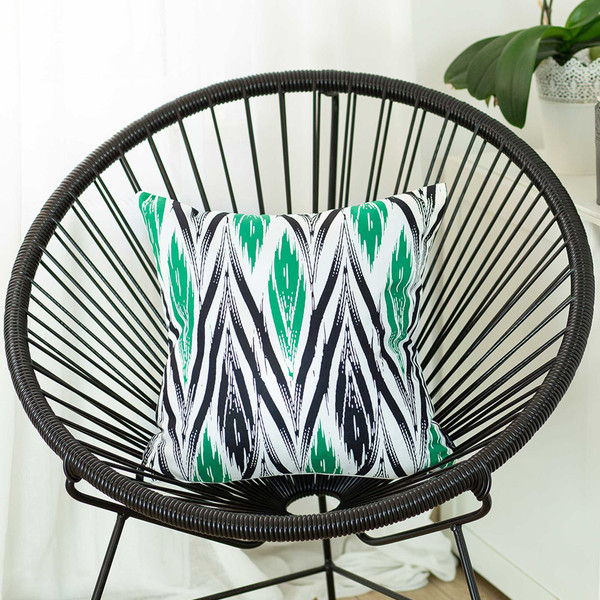"""18""""X18"""" Geometric Green Lit Decorative Throw Pillow Cover Printed 355297 By Homeroots"""
