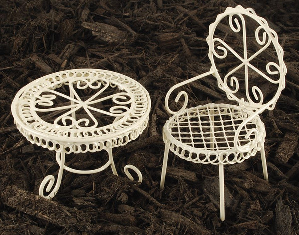 143-70669 Set of 2 White Mini Garden Table And Chair - Pack of 9