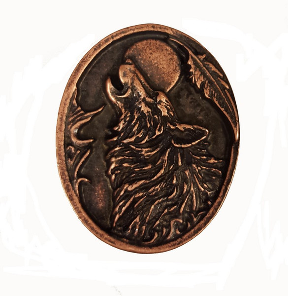 053-AC Oval Howling Wolf Cabinet Knob - Antique Copper