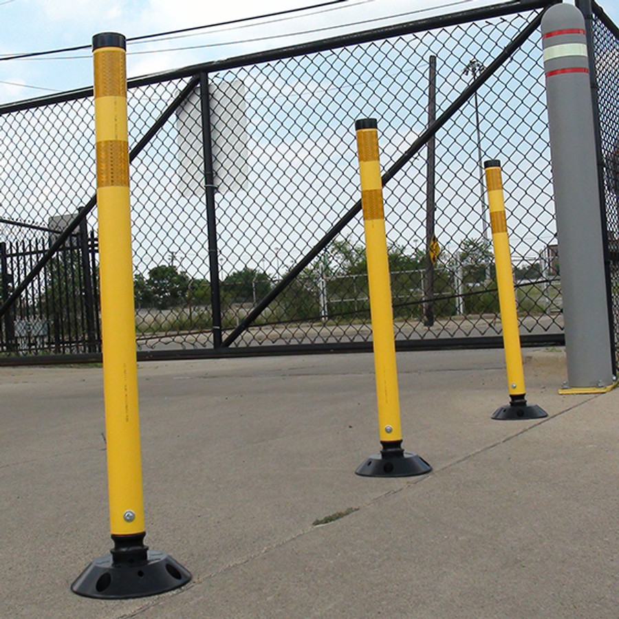 Plastic Traffic Delineator Posts
