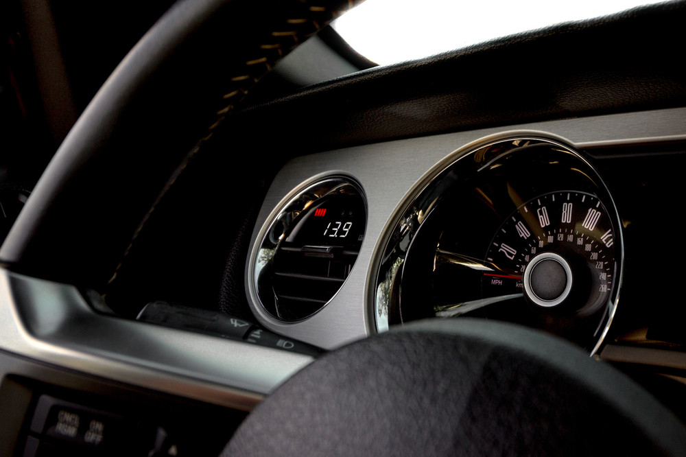 Mustang Gen 5 P3 Gauge dash photo