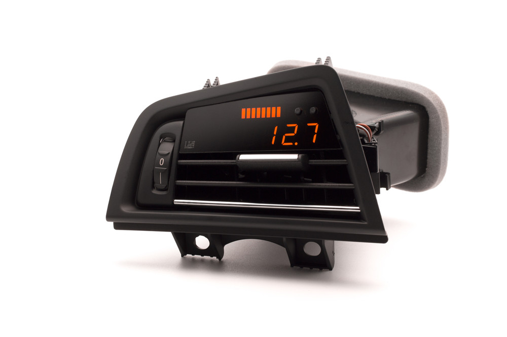 BMW F10 - P3 Boost gauge