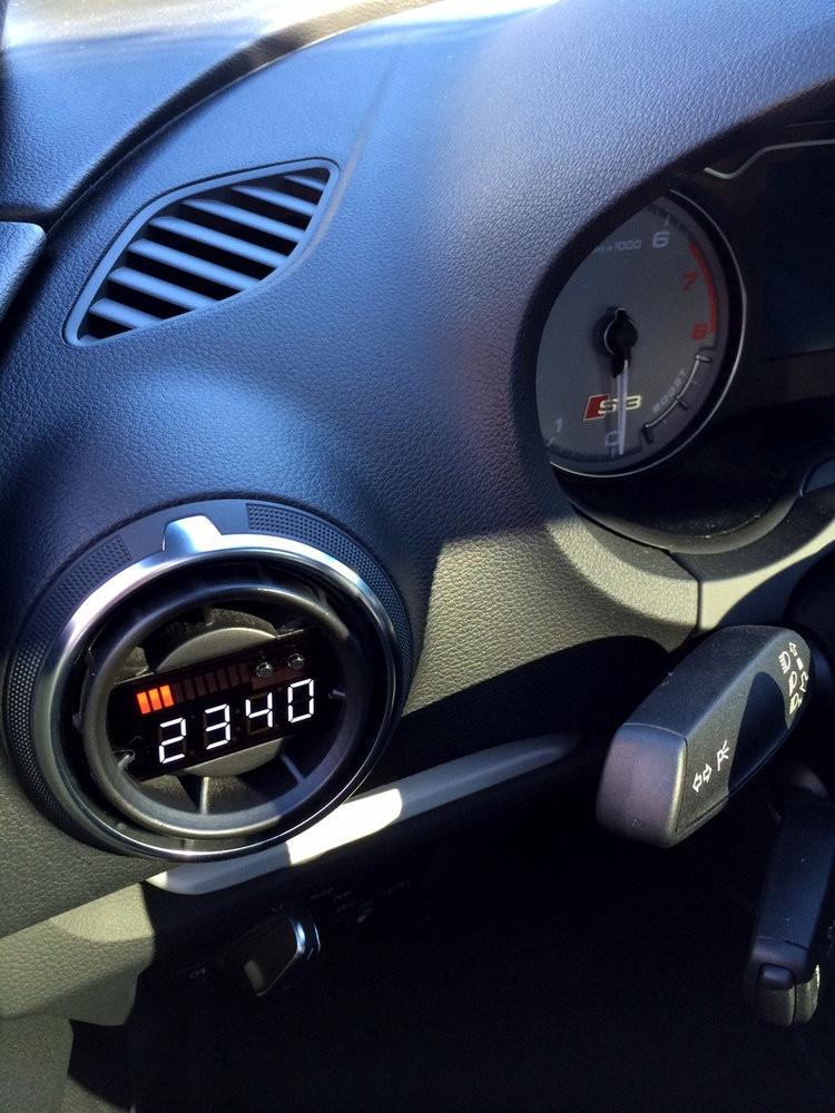 Audi 8V - P3 Boost gauge