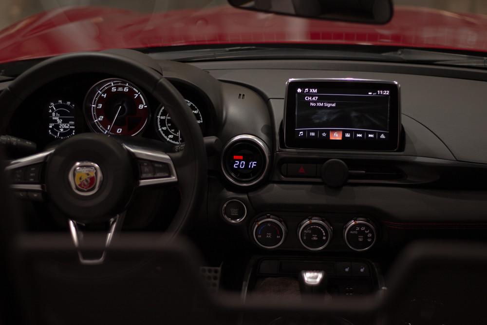 Fiat 124 Spider (2016+) - P3 OBD2 Multi-Gauge