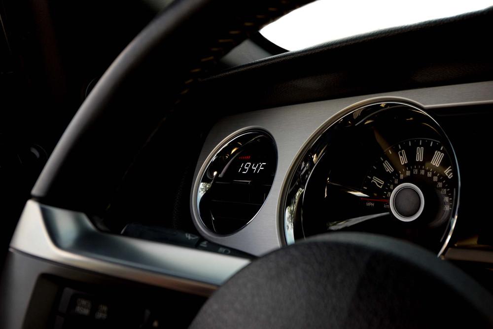 P3 V3 OBD2 - Ford Mustang Gen5 Gauge (2010-2014)