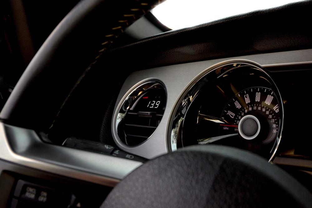P3 Analog Gauge - Ford Mustang Gen5 (2010-2014)