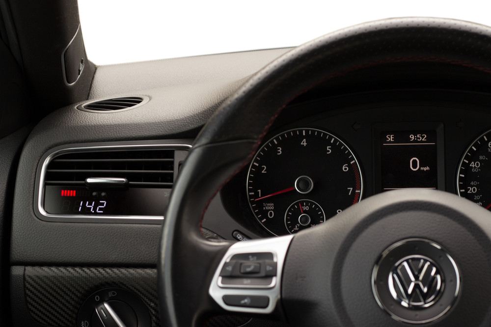 Jetta MK6 Sedan P3 Gauge dash photo