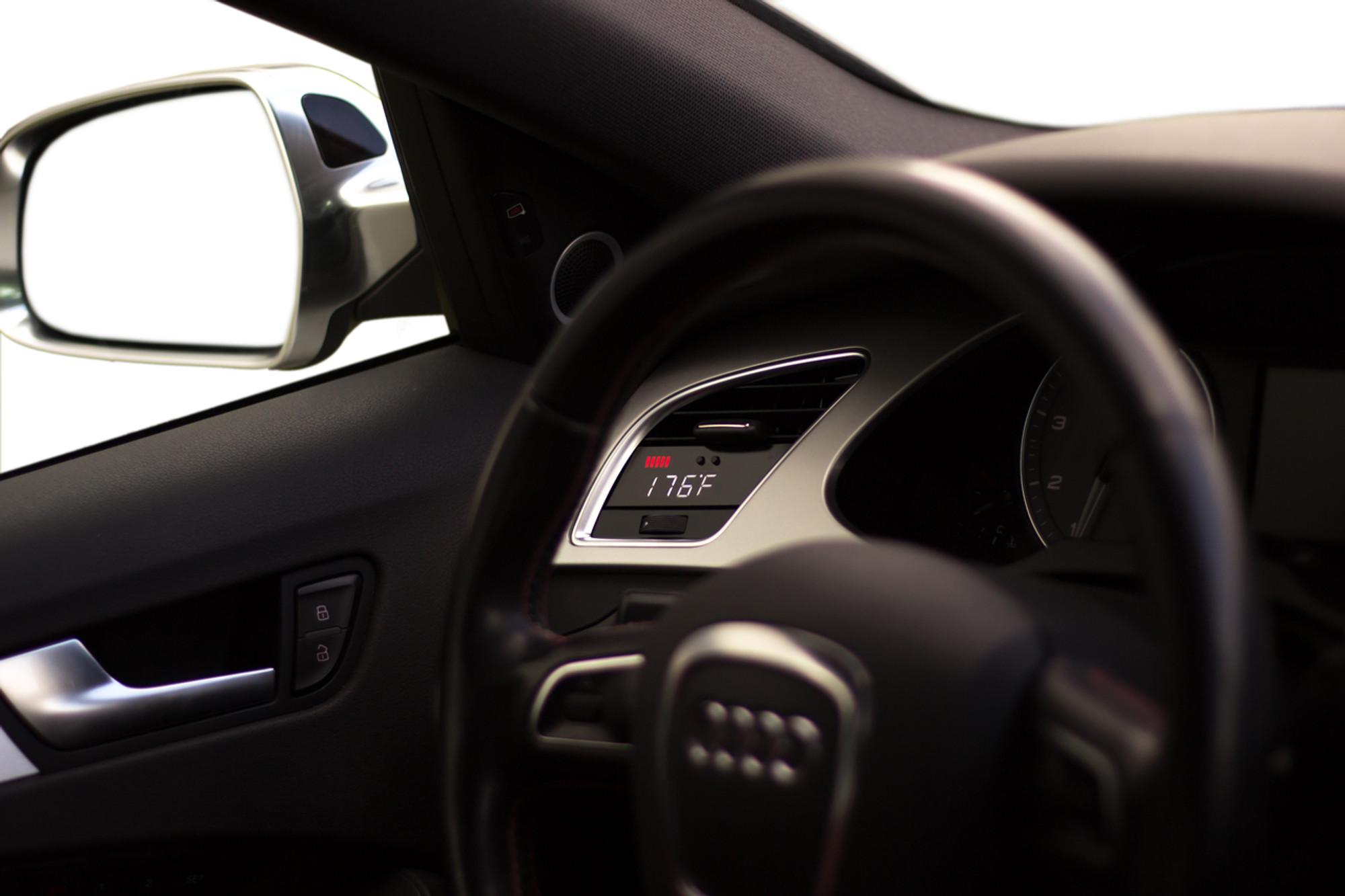 Audi B8 - P3 OBD2 Multi-Gauge