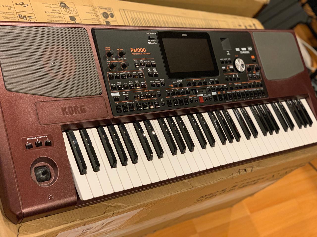 Korg PA1000 61 key arranger keyboard workstation B-stock