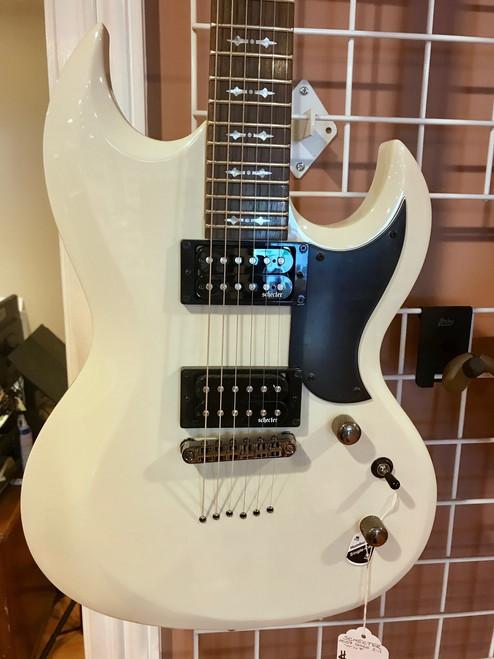 Schecter 2059 Omen S-II White Electric Guitar