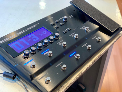 Boss GT-1000 Multi guitar effects processor open box display