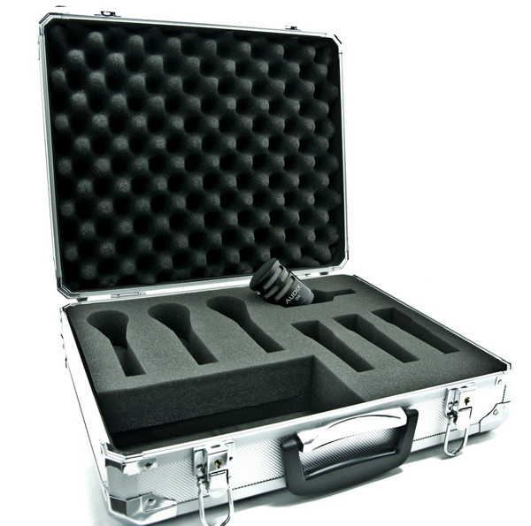 Audix D6 microphone with deluxe aluminum mic case