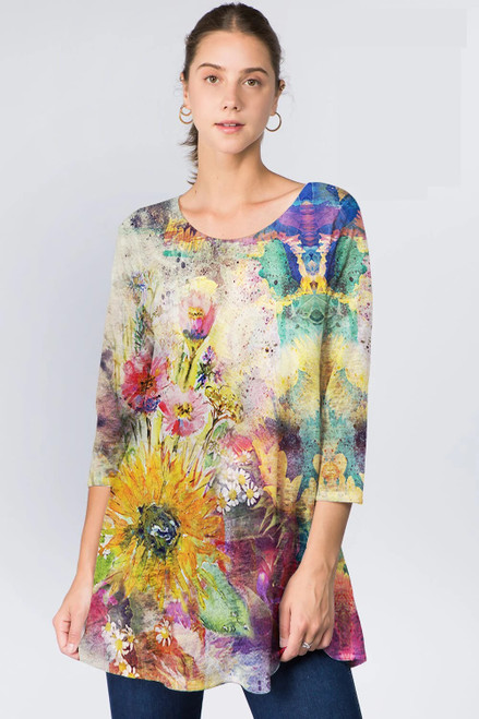 Et'Lois Colorful Flower 3/4 Sleeve Flare Lightweight Knit Tunic