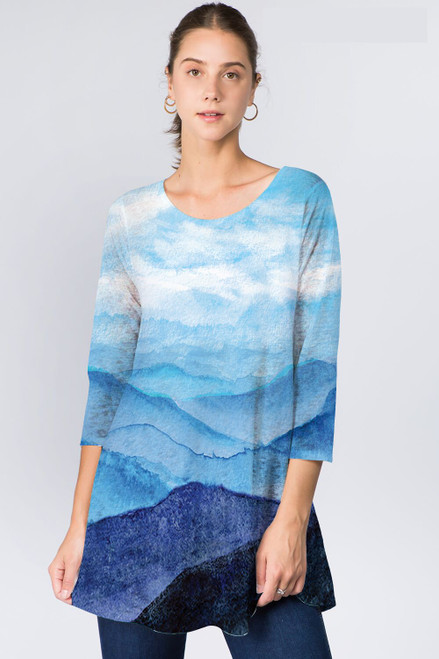 Et' Lois Blue Skies & Mountain Range Print Soft Knit Top