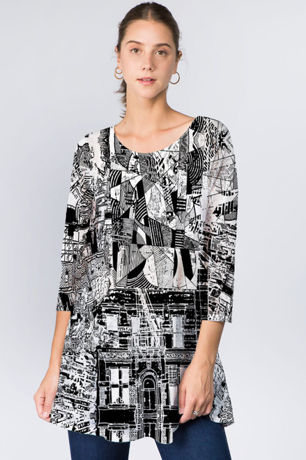 Et' Lois Black & White Abstract Design Soft Knit Top