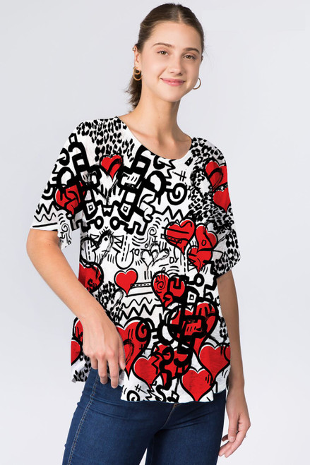 Et' Lois Heart Sketch Design Soft Knit Top