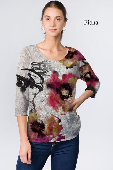 Et' Lois Hazy Flower Watercolor Stain Print Soft Knit Top