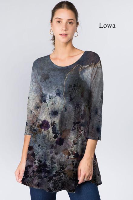 Et' Lois Hazy Dark Day Floral Print Soft Knit Top