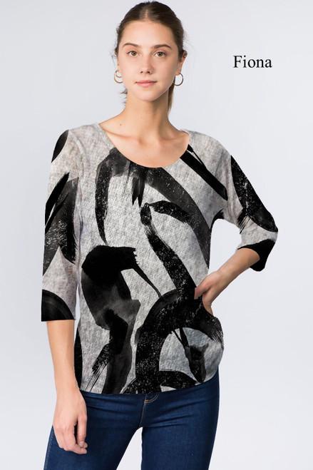 Et' Lois Hazy Black & White Brushstroke Soft Knit Top