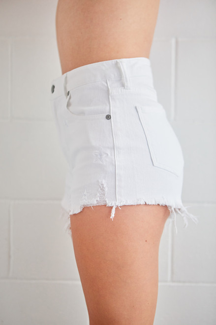 Lulu High Rise Cut Off - Star White