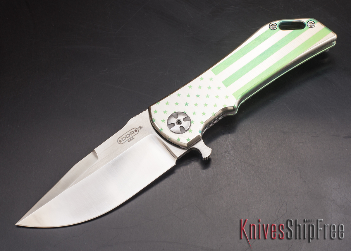 Darrel Ralph - DDR Knives: Dominator 3.5 - CPM-S35VN - Titanium Framlock - Green Patriot - Clip Point primary image