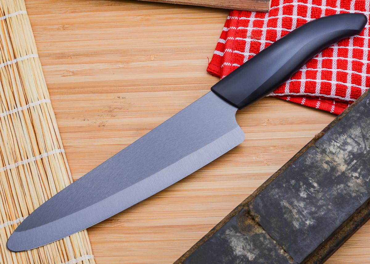 "Kyocera: Revolution 7"" Black Ceramic Professional Chef's Knife primary image"