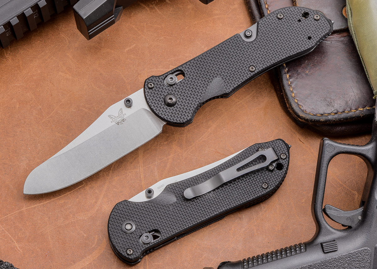 Benchmade Knives: 915 Triage primary image
