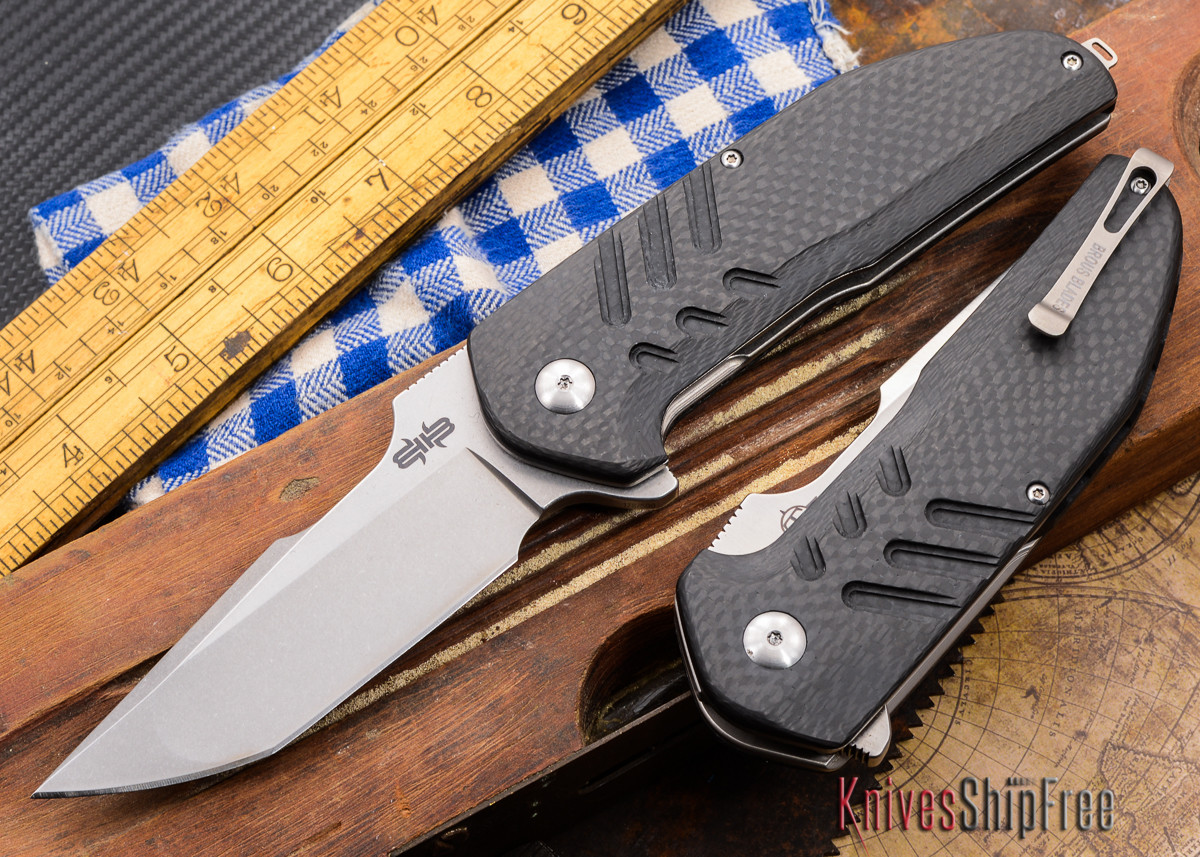 Brous Blades: Strife - Carbon Fiber - Stonewashed primary image