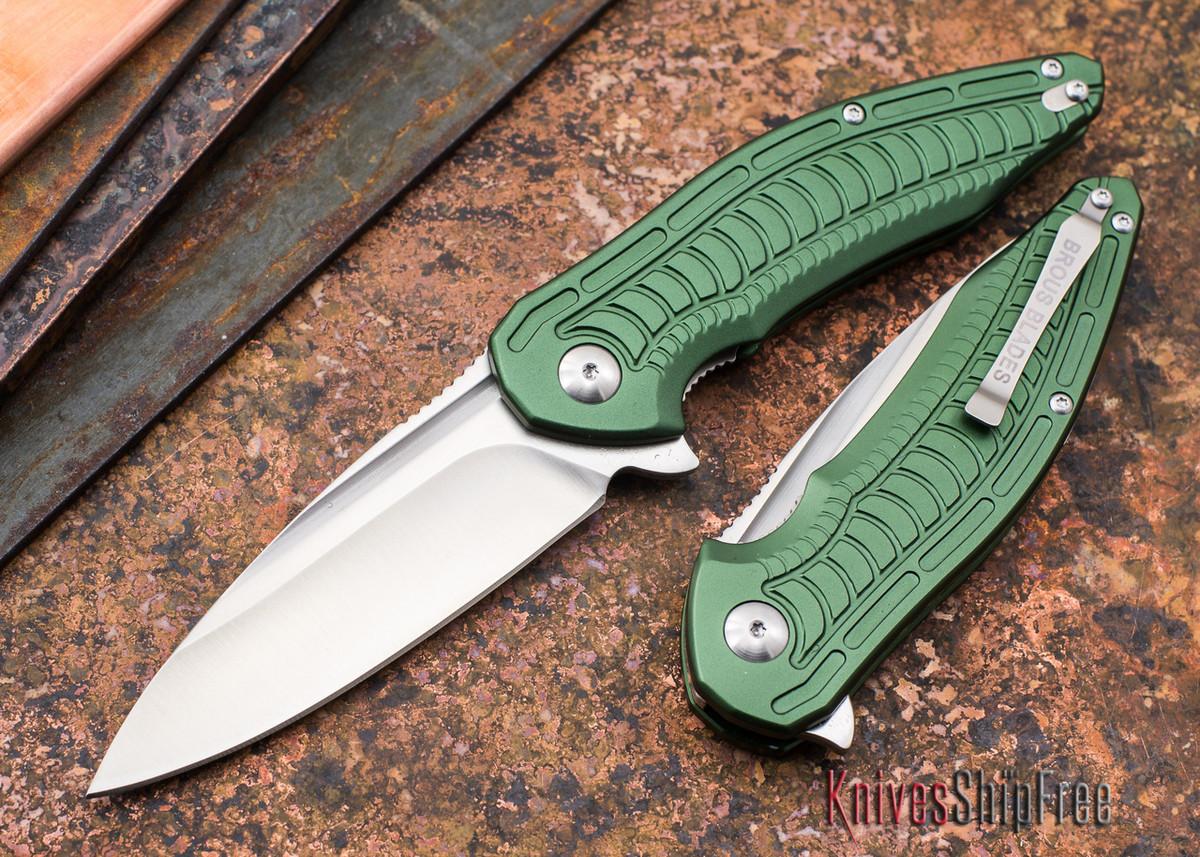 Brous Blades: Bionic XL - Green Aluminum Handles - Satin Finish primary image