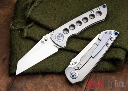 Kizer Cutlery: Critical - Titanium Framelock - Wharncliffe Blade - CPM-S35Vn