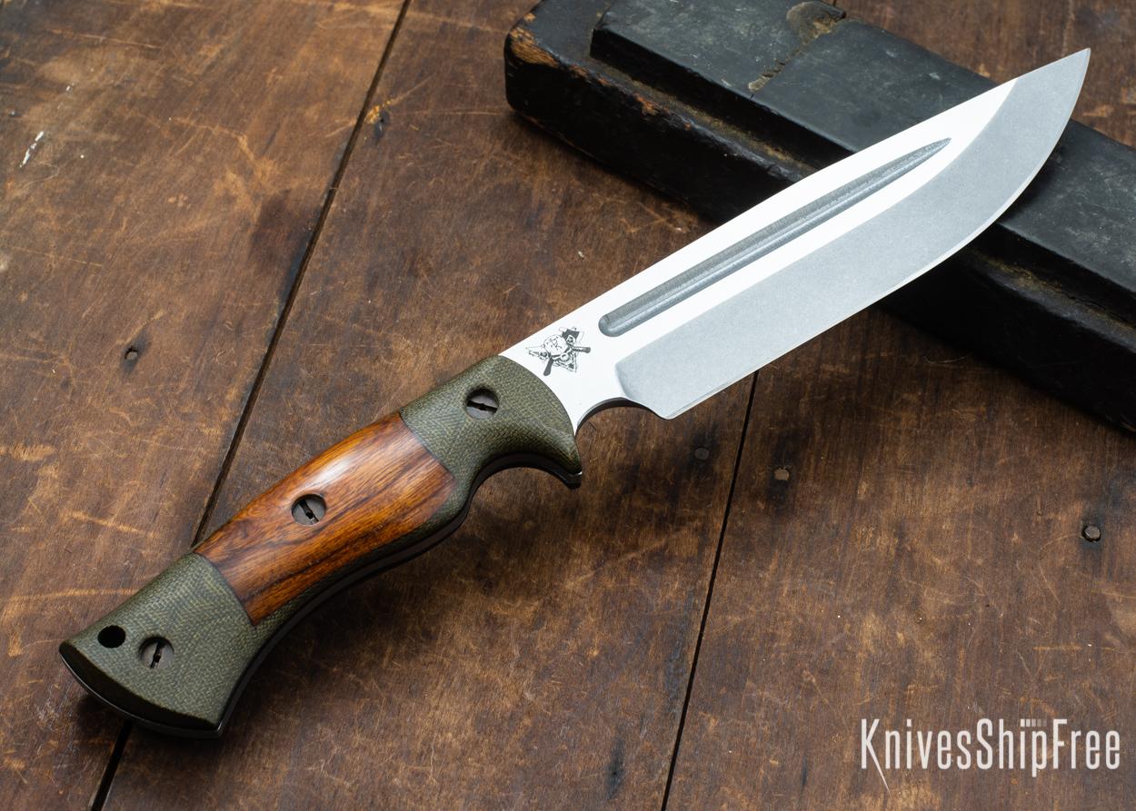 Dark Timber Knives: Honey Badger 3V - Green Micarta - Desert Ironwood - Black Liners - Tumbled - 121646