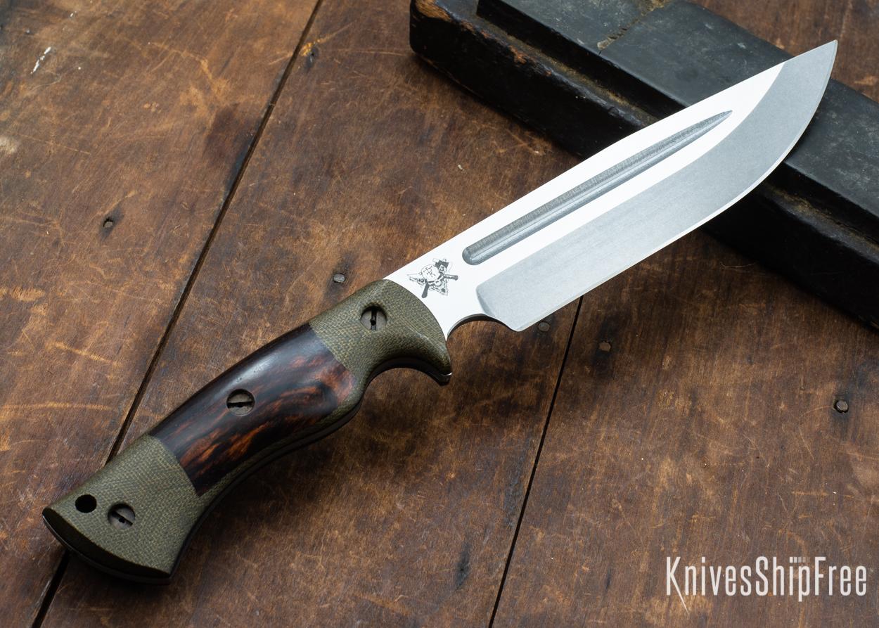 Dark Timber Knives: Honey Badger 3V - Green Micarta - Desert Ironwood - Black Liners - Tumbled - 121649