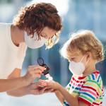 Relaxus Attach & Go Animal Hand Sanitizer 30 ml | use image | 628949100119, 628949300069, 628949200086, 628949200109, 628949200093, 628949300069