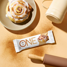 One Bar Cinnamon Roll 60g x 12 Bars | 788434107518