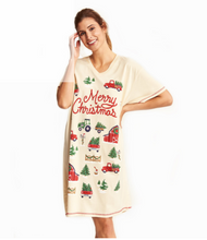Little Blue House by Hatley Women's Sleepshirt One Size - Country Christmas - In use | SS4FARM003