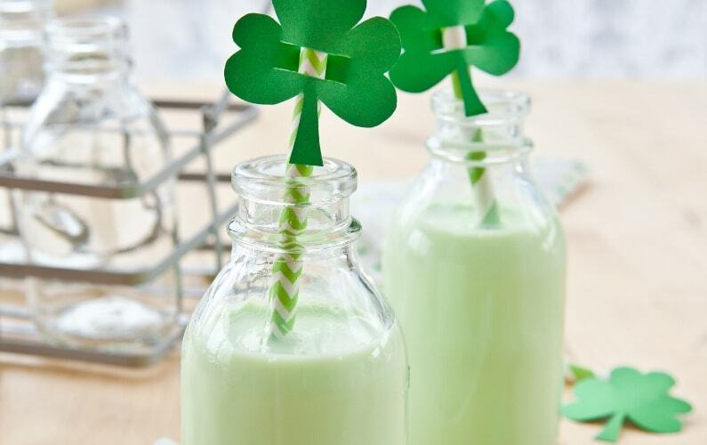 Healthy Shamrock Shake Recipe for St. Patrick's Day