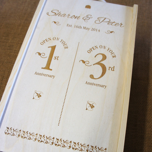 Wooden Wedding Double Personalised Winebox - with open on your 1st and 3rd anniversary graphics