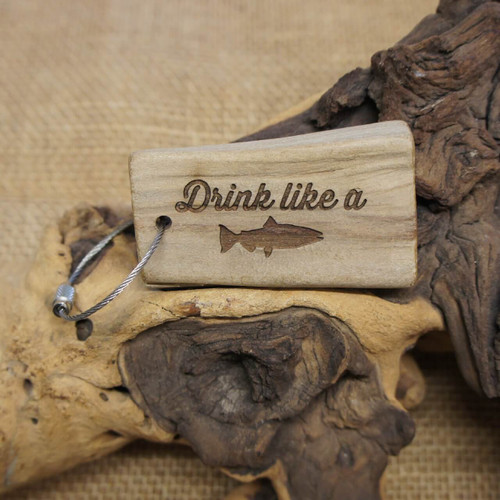 Engraved Driftwood Keyring - Drink Like a Fish