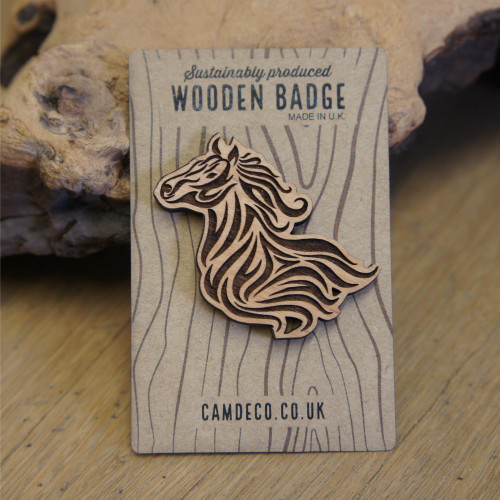 Engraved wooden animal badges / brooches / pins - horse.