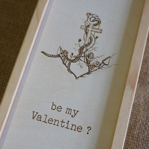 Wooden personalised, engraved Valentine winebox