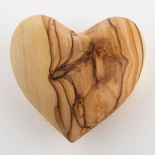 Olive Wood Handmade Heart | Museum of the Bible