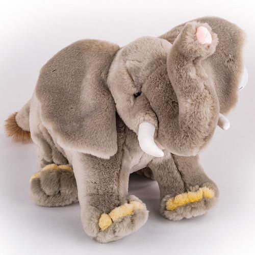 "13"" Noah's Ark Elephant   Museum of the Bible"