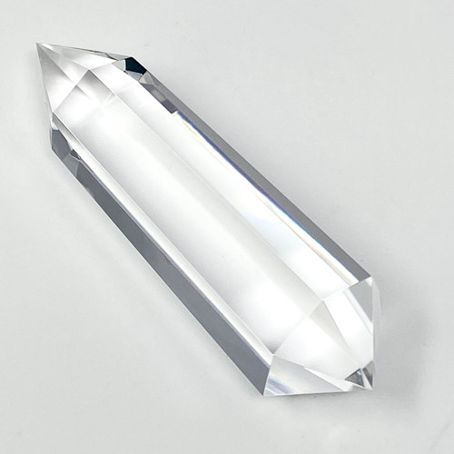 Vogel 7 Clear Quartz Wand 555 carats