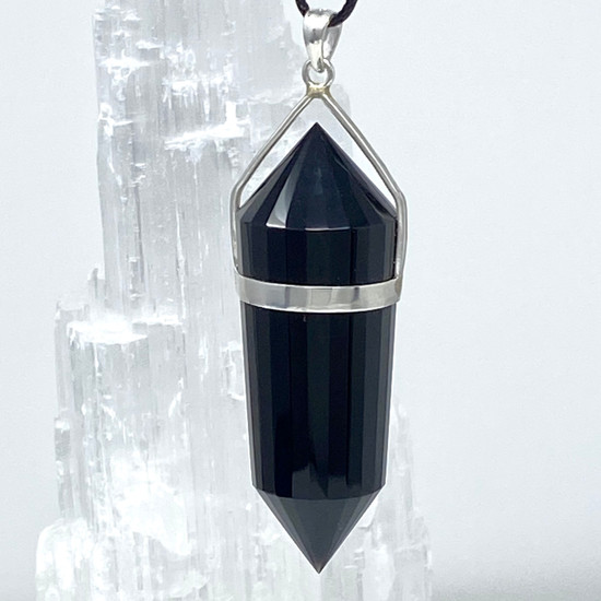 Pendant with 24 Facets Set in 990 Silver