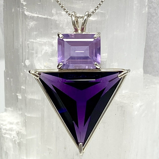Siberian Purple Angelic Star with Ruby Lavender Crystal Pendant